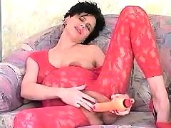 Lustful pregnant woman gets dildo